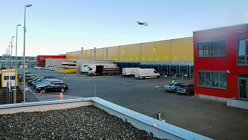 Dhl Stuttgart Flughafen